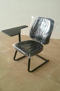 صندلی های دانشگاهی