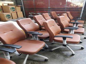 فروش عمده صندلی کارمندی